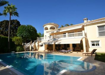 Thumbnail 5 bed villa for sale in Marbella, Andalusia, Spain