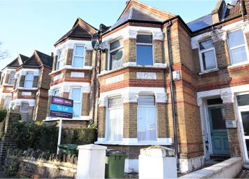 Thumbnail 1 bed flat to rent in Griffin Road, London