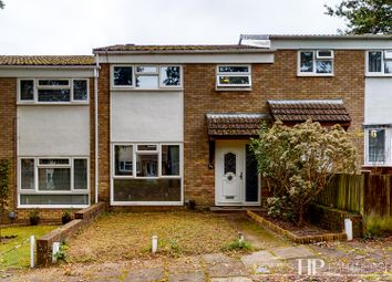 Thumbnail Terraced house to rent in Trefoil Crescent, Crawley