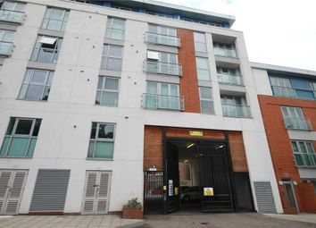 Thumbnail 2 bed flat to rent in Granville Gardens, Ealing