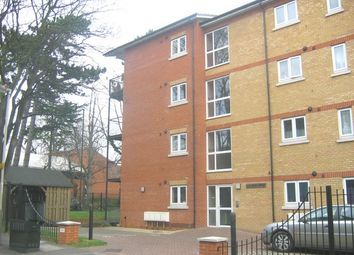 Thumbnail 2 bed flat to rent in London Road, Isleworth, Middlesex