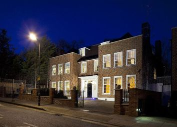 Thumbnail 7 bedroom property to rent in Frognal, Hampstead