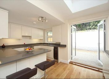 4 bed property to rent in Purcell Crescent, London SW6