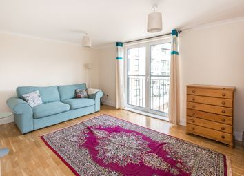 Thumbnail 1 bed flat to rent in Holland Gardens, Kew