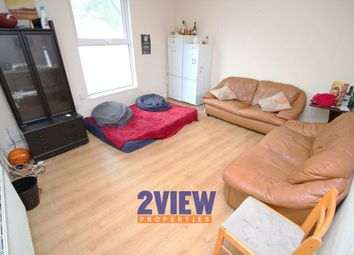 Thumbnail 4 bedroom flat to rent in Ebberston Terrace, Leeds, West Yorkshire