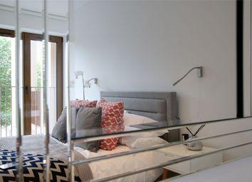 Thumbnail 2 bed flat for sale in Ziggurat House, Grosvenor Road, St Albans, Hertfordshire