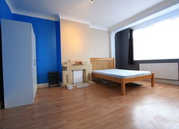 Thumbnail 3 bed flat to rent in Stanford Road, Norbury