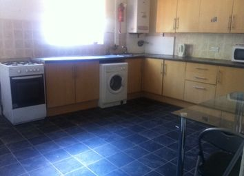 Thumbnail 8 bed property to rent in Ashville Grove, Hyde Park, Leeds