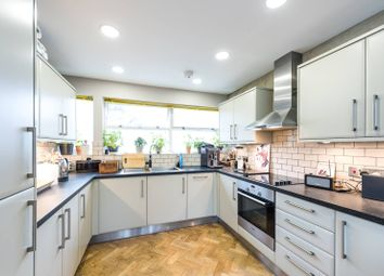 Thumbnail 3 bed maisonette for sale in Churchill Gardens, Pimlico
