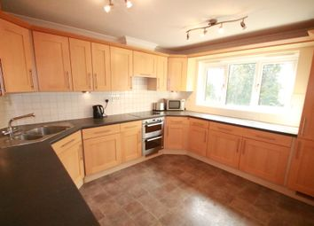 Thumbnail 2 bed flat to rent in Spencer Road, South Croydon