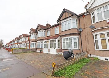Thumbnail 5 bedroom terraced house to rent in Castleview Gardens, Ilford, Essex