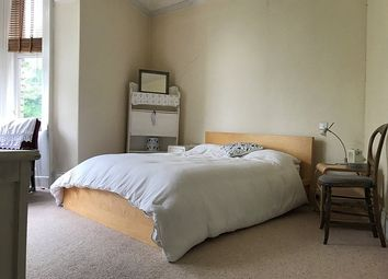 Thumbnail 2 bed flat to rent in Cross Morpeth Street, Spital Tongues