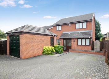 Thumbnail 4 bed detached house to rent in Walkwood Road, Redditch