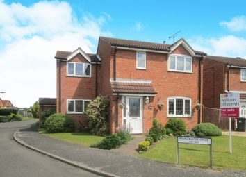 Thumbnail 4 bed detached house for sale in Broadwater Drive, Dunscroft, Doncaster