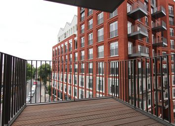 Thumbnail 1 bed flat for sale in Keybridge House, Vauxhall