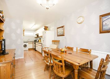 Thumbnail 4 bed property for sale in Raywalk, Islington
