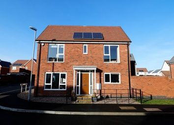 3 bed semi-detached house to rent in Buckthorn Road, Coalville LE67