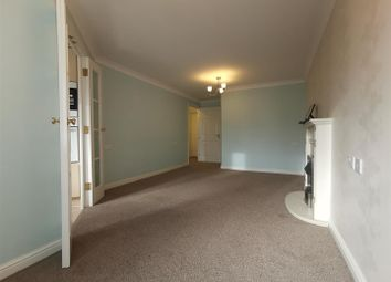 Cleves Court, London Road, Hadleigh SS7. 1 bed flat