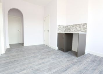 Thumbnail 1 bed flat to rent in Springbank Road, London