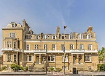 2 bed flat to rent in Queenstown Road, London SW8