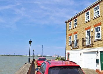 Thumbnail 2 bed town house for sale in Frobisher Way, Greenhithe, Kent