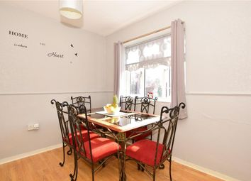 3 bed maisonette for sale in Atherton Road, Ilford, Essex IG5