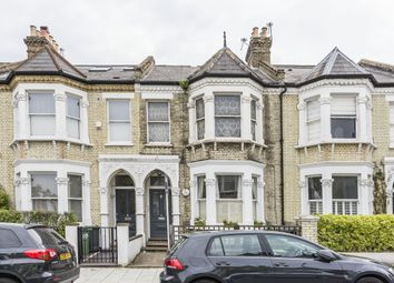 Thumbnail Studio to rent in Elms Crescent, London