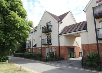 Thumbnail 2 bedroom flat for sale in The Moorings, Swindon