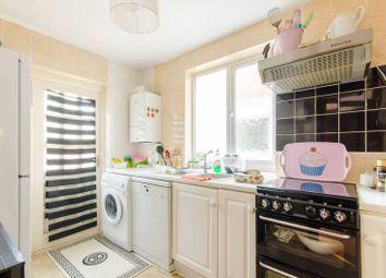 2 bed maisonette for sale in Windsor Road, Barnet EN5