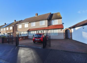 St. Andrews Avenue, Hornchurch RM12. 5 bed semi-detached house