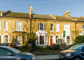 Thumbnail 1 bed flat to rent in Milton Road, Brixton