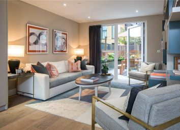 Thumbnail 4 bed town house for sale in Townmead Road, Fulham, London