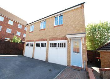 Thumbnail 2 bed flat to rent in Turnham Drive, Leighton Buzzard