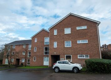 Thumbnail 2 bedroom flat for sale in Epping Close, Reading