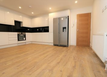 Thumbnail 5 bed maisonette to rent in Ewen Crescent, London