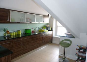 Thumbnail 2 bed flat to rent in High Street, Cardiff