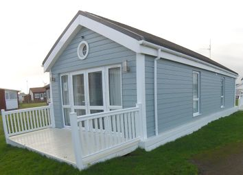 Thumbnail 2 bed mobile/park home for sale in New Westport Holiday Home, South Shore Holiday Village, Bridlington