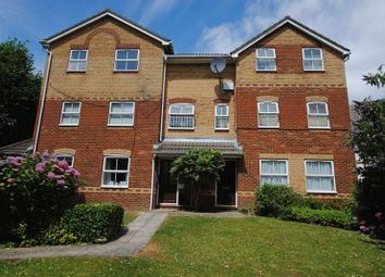 Thumbnail 2 bed flat for sale in Peartree Avenue, Southampton