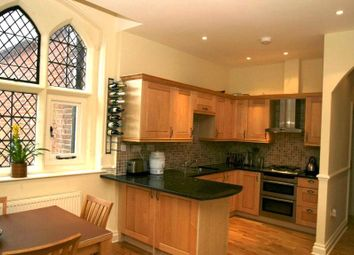 Thumbnail 2 bedroom flat for sale in Convent Court, Hatch Lane, Windsor