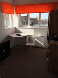 Thumbnail 2 bed flat to rent in Baden Road, Brighton