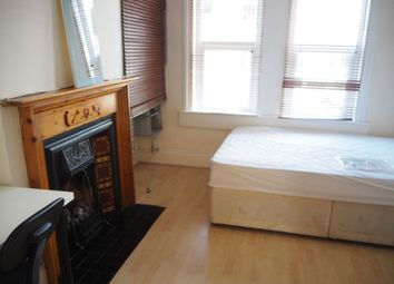 4 bed shared accommodation to rent in Marsden Road, Bath BA2
