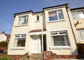 Thumbnail 2 bed flat to rent in Milner Road, Brighton