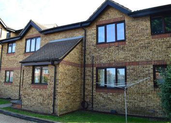 Thumbnail Studio to rent in Vignoles Road, Romford, Greater London