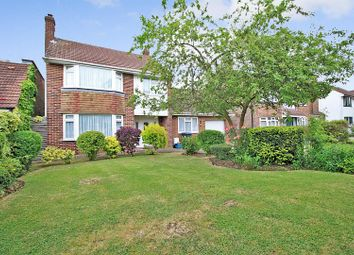 Links Drive, Elstree, Borehamwood WD6. 3 bed detached house