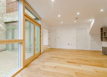 Thumbnail 3 bed property to rent in Moray Mews, Finsbury Park