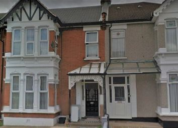 Thumbnail Room to rent in Airlie Gardens, Ilford