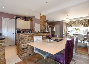 Thumbnail 2 bed property to rent in Cranleigh Gardens, Loughton