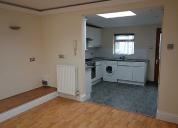 Thumbnail 1 bed property to rent in Tolworth Park Road, Surbiton