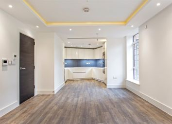 Thumbnail 2 bedroom flat for sale in Wellgarth Road, London