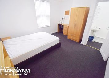 Thumbnail 4 bed shared accommodation to rent in Newcastle Street, Silverdale